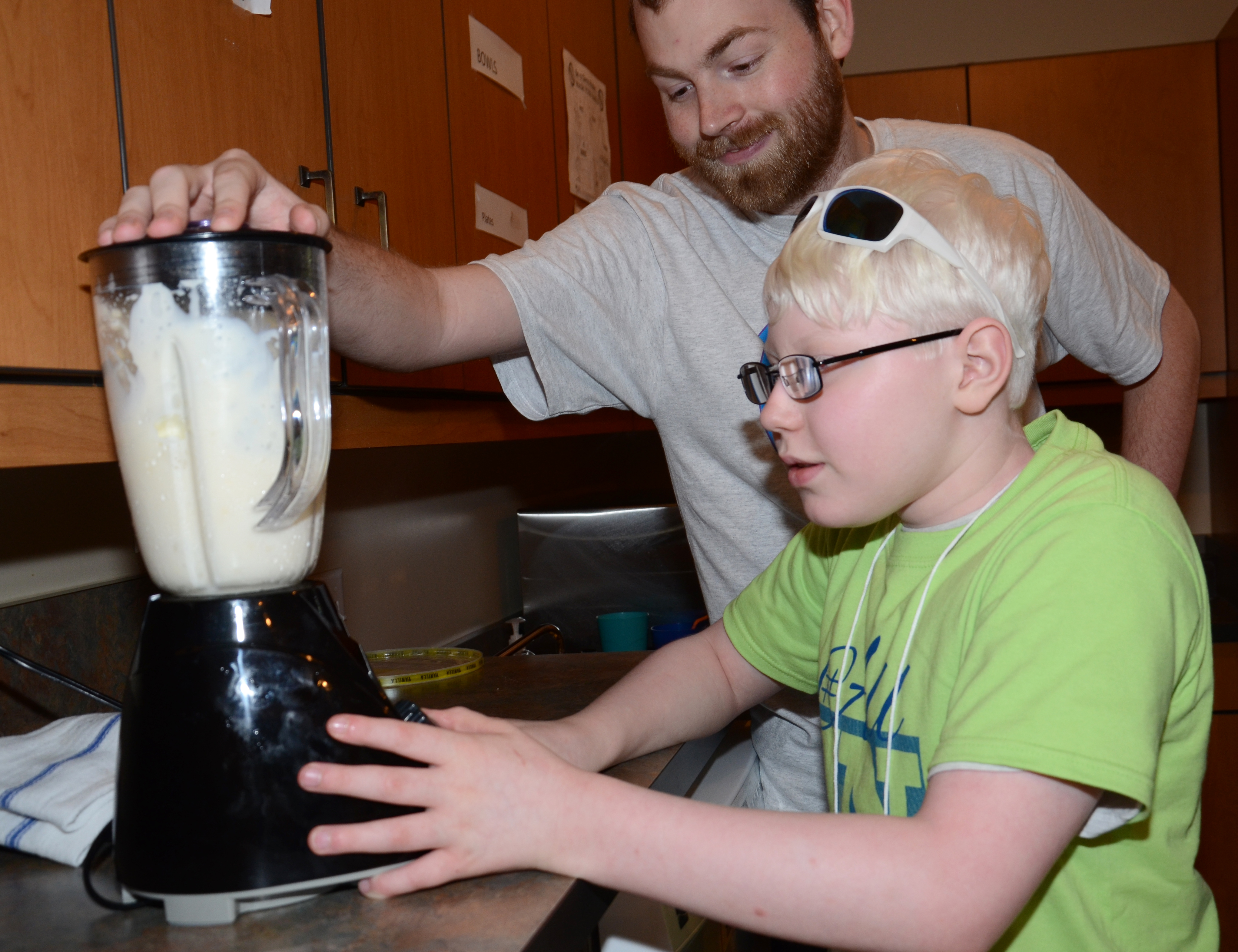 Campers made milkshakes during independent living classes.