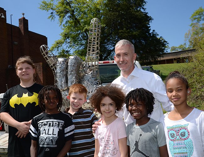 US Congressman Trey Gowdy stopped by to help the students with the sculpture.